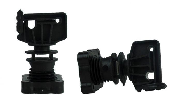 Hofman Izolační šroubová svorka pro kulatý sloupek ø 16mm, stuha do 30 mm