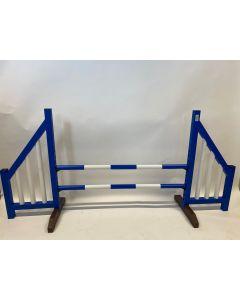 Překážka modrá (otevřená) s dvěma skoky a 4 závěsnými závorkami